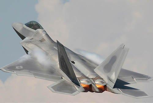 韩媒:美F-22战机将参加美韩联合军演(图)