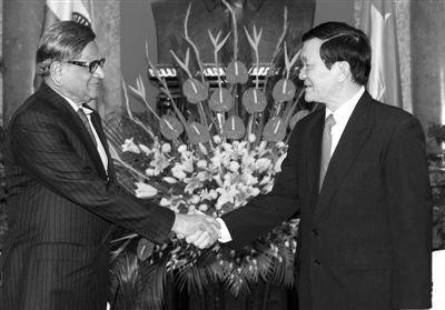 越南称全力支持印度在南海开发石油与天然气