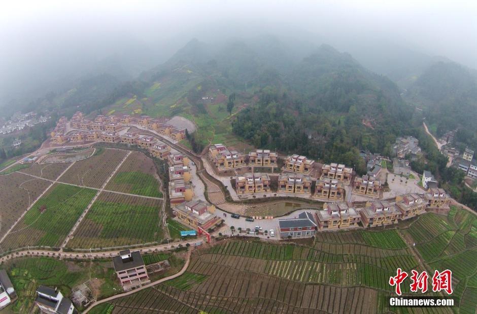 四川雅安震灾区重建新村成风景2015.3.17 - fpdlgswmx - fpdlgswmx的博客