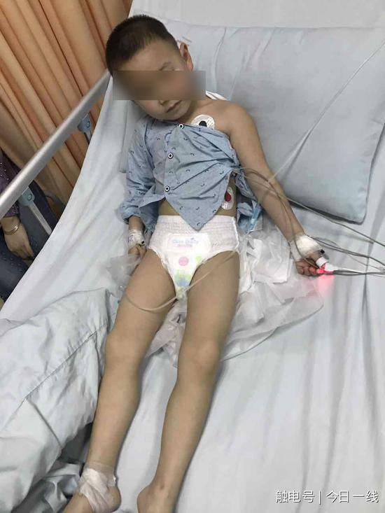 东莞幼儿园保育员投毒致10名儿童入院 称工资太低