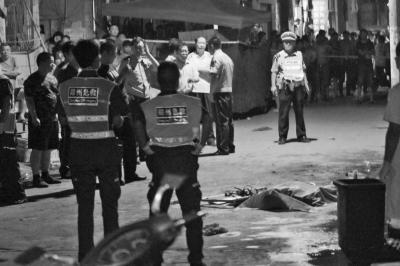 郑州电动车充电引燃居民楼 造成4人遇难13人伤