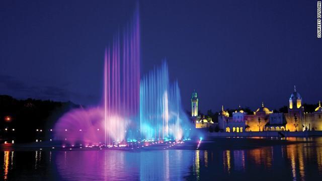 美媒盘点15座全球最美喷泉 化水滴为艺术品(图)-国际新闻-新闻中心