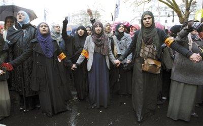 埃及召回驻叙利亚大使 美无人机或潜入叙利亚