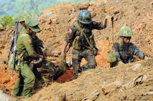 中国外交官抵达克钦邦 调查国人在缅北受困情况
