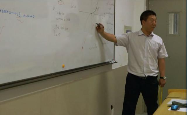 BBC纪录片:中国教养员天团弄PK英国熊孩儿子