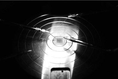 中国研出首个半浮栅晶体管 为微电子罕见成就