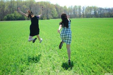 专家认为打太极,气功或元极舞都是不错的静心运动.