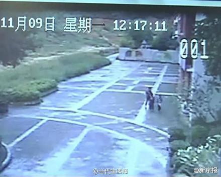 宁两名小学女生放学路上被男子强暴