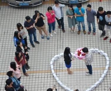 广州一程序员花两年积蓄 买99台iPhone6求爱
