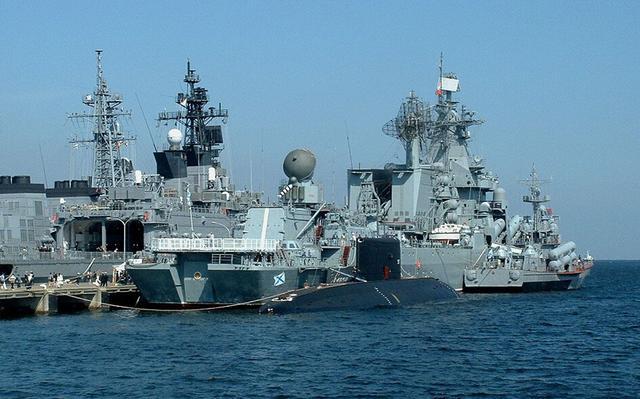 俄海军远航舰队进入地中海