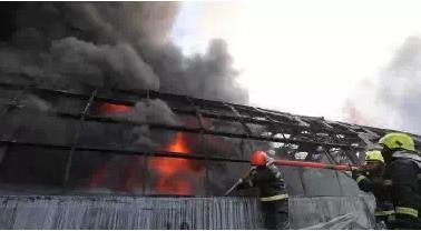 哈尔滨大火为什么会致塌楼