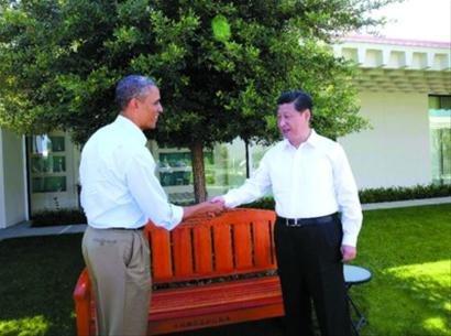 习奥会:习近平开茅台祝酒 奥巴马赠红杉木椅
