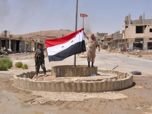 叙利亚政府军宣布收复代尔祖尔重镇迈亚丁
