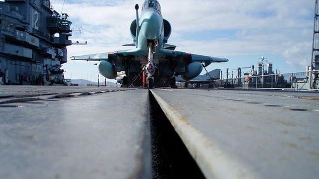 海工大设电弹专业 国产电弹航母被指2024年下水