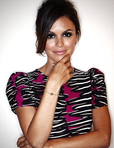 外媒评出2011全球最美女性图片