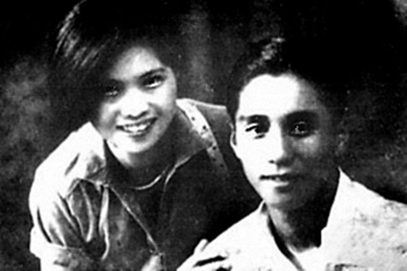 陈怀民(右)与其胞妹陈难(左)