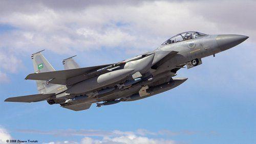沙特F-15E战机在也门地区坠毁 美军救起飞行员