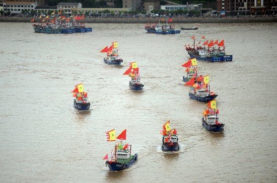 海监编队将继续巡航钓鱼岛 万艘渔船东海捕鱼