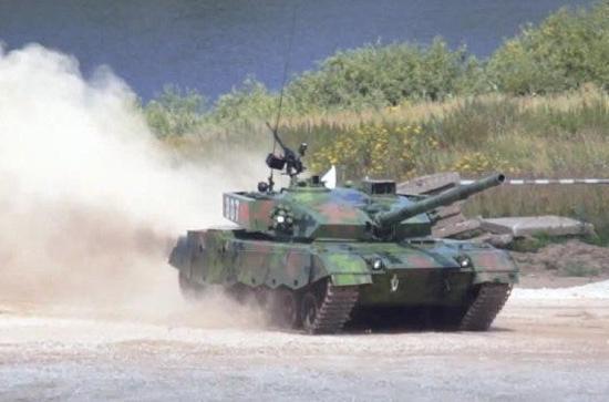 96A为何比赛时跑不过T-72?