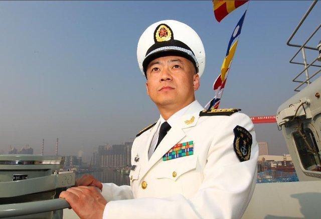 中美南海对峙细节曝光:辽宁舰舰长与美军通话