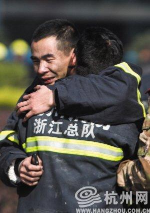 杭州3消防战士新年首日救火牺牲 1人结婚仅10天