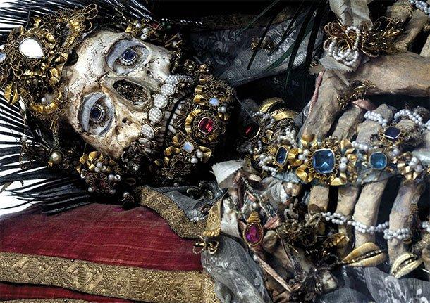镶满宝石的圣徒遗骸 - wuwei1101 - 西花社