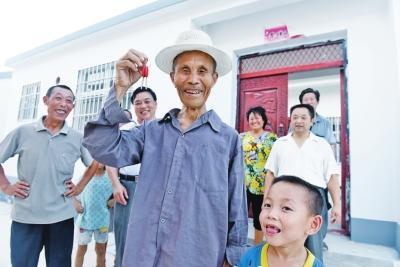河南罗山:脱贫路上奔小康