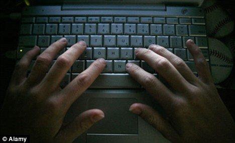 黑客可依靠聆听键盘声盗取秘密数据。