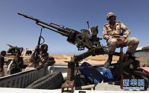 金一南少将:利比亚战局复杂 发展前景难定论