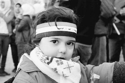直击叙利亚民众生活:电力柴油紧缺菜价涨三成
