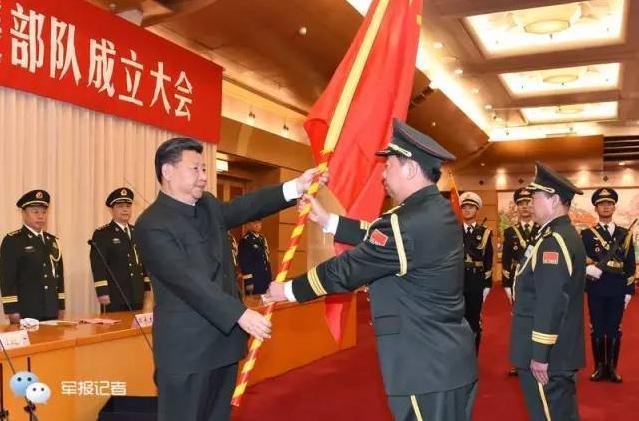 新任陆军司令曾参加对越反击战 获战斗英雄称号
