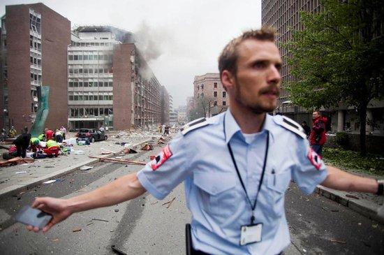 挪威首都爆炸及枪击事件至少造成17人死亡