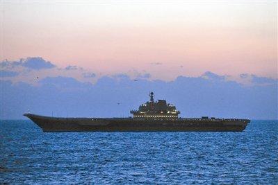 辽宁舰云集海军五大兵种 舰载机上舰只用两月
