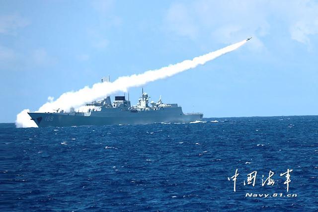 专家解析南海军演 战役级规模就是回击美舰挑衅