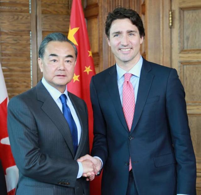 美媒:加总理上演大变脸 从G7回国立即转向中国