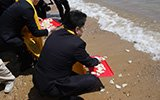 渔民祭海给龙王换口味 不摆整猪改用鲅鱼水饺