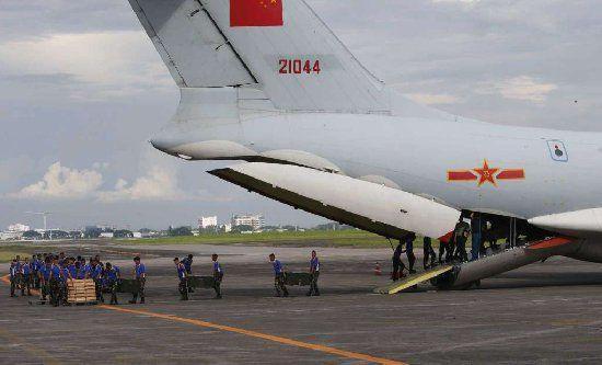 中国今年第二次向菲律宾提供反恐用武器装备