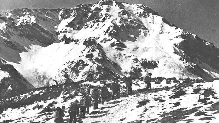 红军长征经过川康边界的夹金山