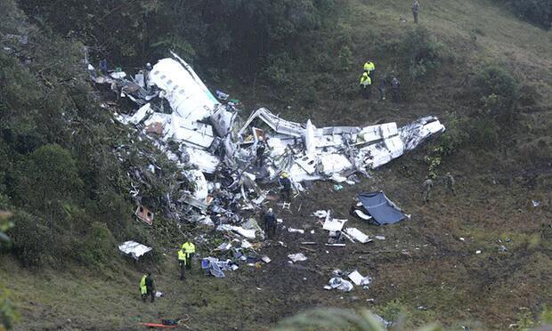 载巴西球员失事客机遇难人数更正为71人 黑匣子已找到
