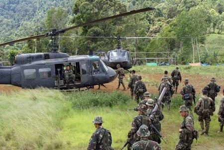 菲律宾前总统:如果不能打败中国 那就拥抱中国