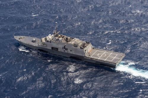 专家:美国或出动宙斯盾舰进中国南海岛礁12海里