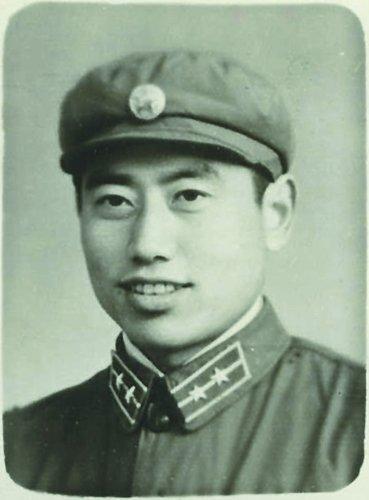 林立果与助手周宇驰密谋行刺毛泽东