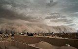 伊朗城市被沙尘暴吞没 场景堪比世界末日来临