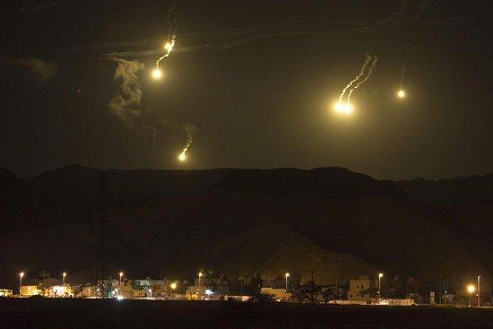 外媒:以色列战机持续轰炸加沙 报复哈马国外产品代理授权书斯袭击