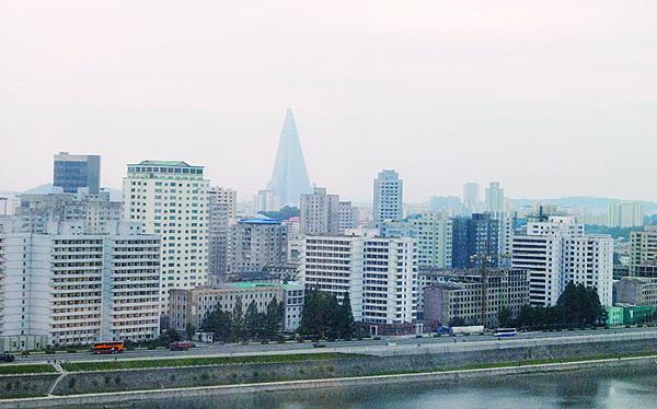 美中情局报告:2016韩朝经济总量相差47倍