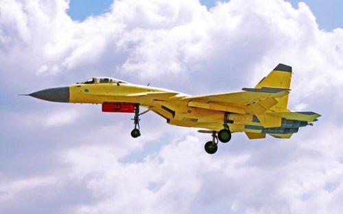 外媒:歼15舰载机可挂载霹雳13及鹰击83K导弹