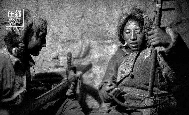 【在线影展】摄影师倾情藏地三十年 拍下原生态的藏人肖像