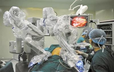 """中国第一家""""机器人医生""""拥有自己的病房"""