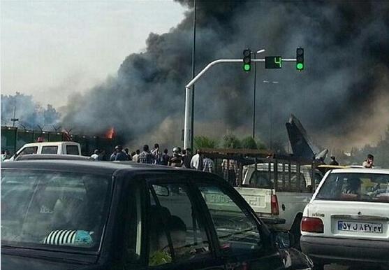 一架客机在伊朗首都德黑兰附近坠毁(动态更新)