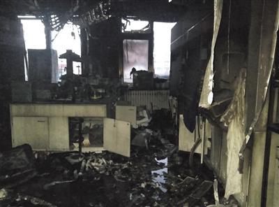 清华实验室爆炸博士后遇难 母亲卖鸡蛋供其上学